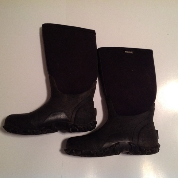 Bogs Other - Bogs Men's Size 9 Classic Ultra Mid Insulated
